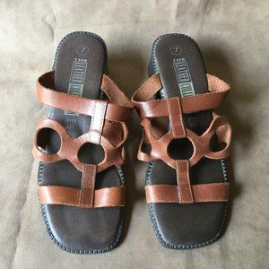 The Leather Collection Vintage Square Toe Sandal